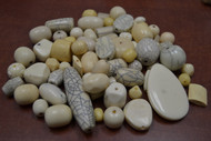 "100 Pcs Assort Cream Brown Resin Plastic Beads 1/2"" - 1 1/4"""