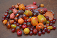 "200 Pcs Assort Red & Orange Resin Plastic Beads 1/2"" - 1 1/4"""