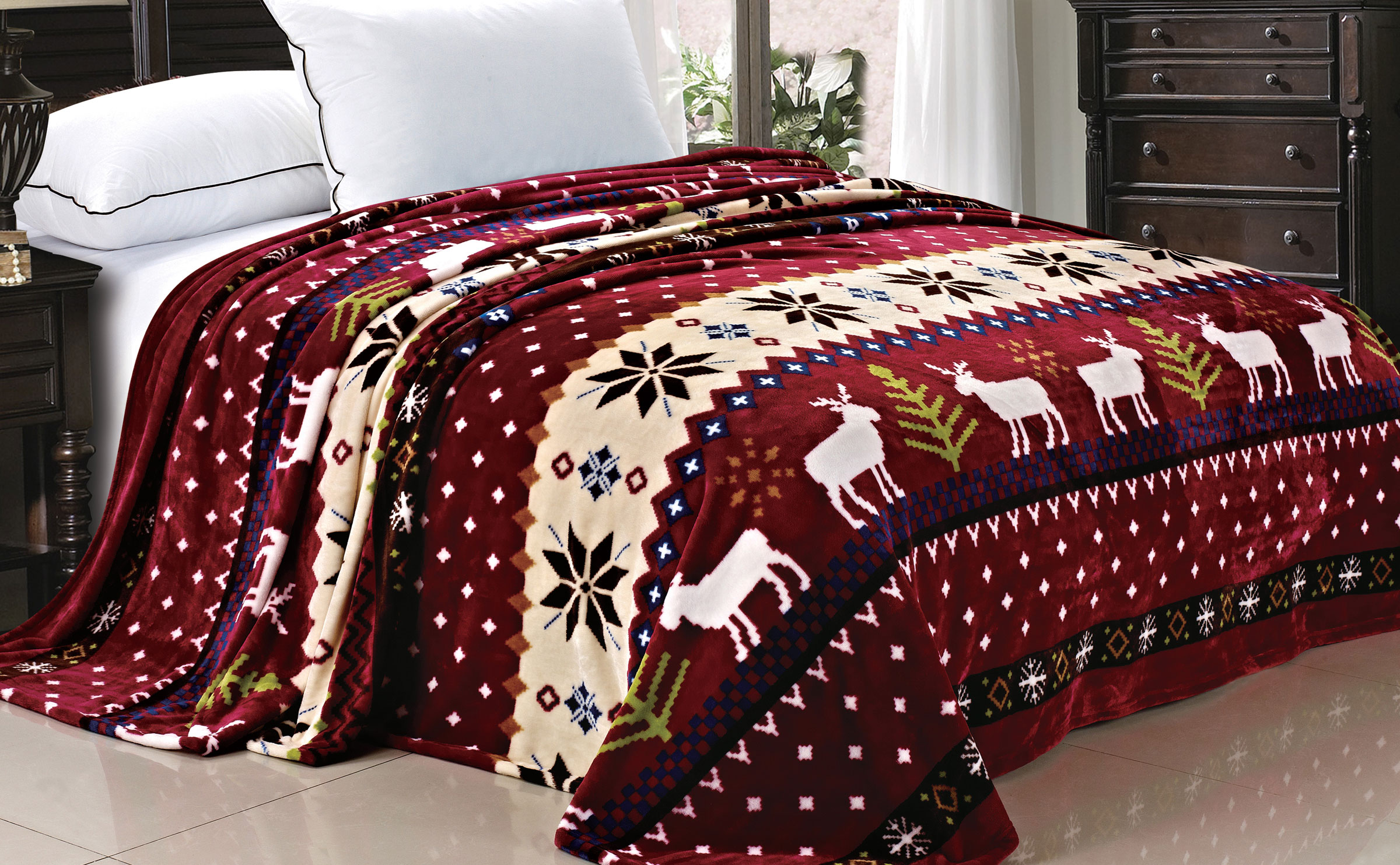 Christmas Reindeer Snowflake Flannel Fleece Blanket