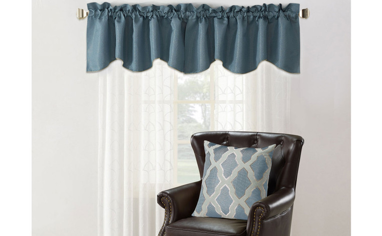 Safi Jacquard Valance and Pillow Shell Sets
