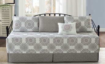 Serano Medallion Daybed Set