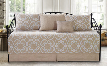 Glenda Gatework 6 Piece Daybed Set