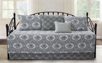 Legacy 6 Piece Daybed Set