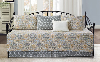 Lanza 6 Piece Daybed Set