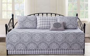 Melody Medallion 6 Piece Daybed Set