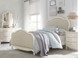 Ivy Upholstered Bed (Full)