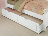 Lakeview Trundle - White