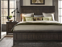Farmhouse Panel Bed - Queen