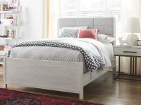 Shoreline Upholstered Bed, Queen