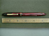 SHEAFFER SLENDER BALANCE FOUNTAIN PEN IN CARMINE RED