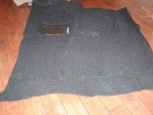 SPECIFY YEAR, MAKE, MODEL, COLOR, TRANSMISSION. STANDARD CAB comes with jute padding attached to carpet. for regular cabs the carpet will cover from just under the firewall all the way back to under the seat. Sweptline Carpet. Many colors