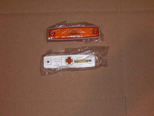 Amber side marker lens assembly for 64-70 A100 vans, 71-77 Vans