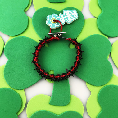 HOTI Hemp Handmade Red Black Chain Link Maille Ladies Womens Chainmaille Linked Chains Bracelet Made in Canada Hand Crafted Made in Toronto Made in Ontario Celtic Medieval Valentine Halloween Clip-It 420 Marijuana Cannabis Alligator Clip Clasp Roach Clip Rock Toronto Ontario Canada