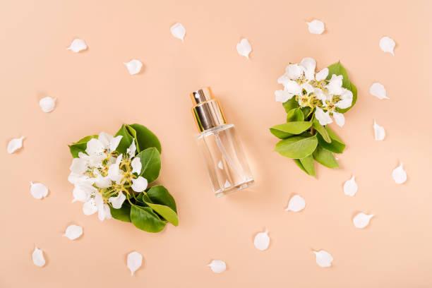aromatherapy-spray-bottle-with-flower-petals.jpg
