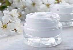 beautiful-jar-of-face-moisturizer-2-.jpg