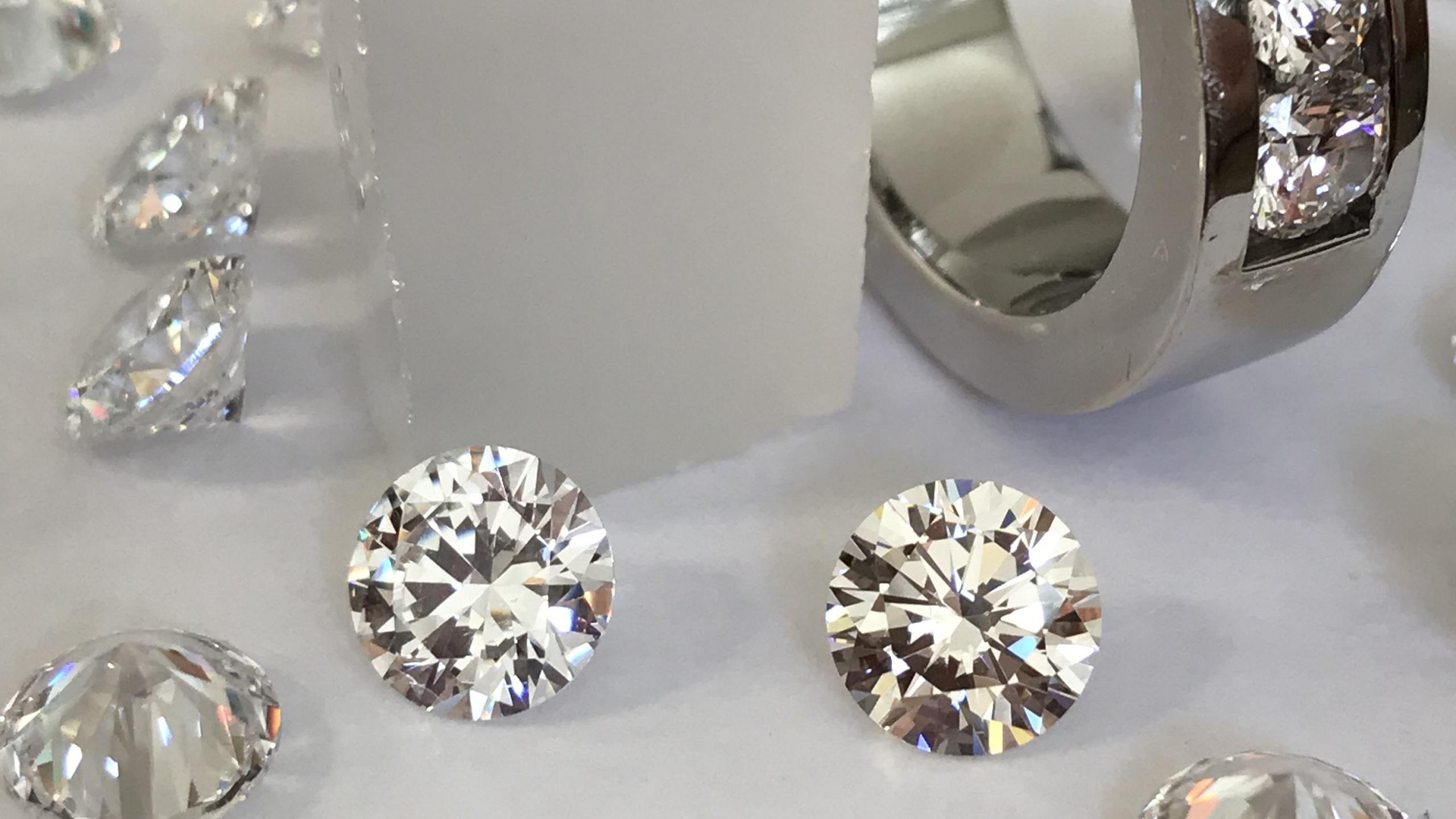 benzgem-imitation-diamond-pictured-on-the-right.jpeg