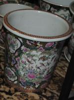 Nature Scene Gold Rose Medallion, Luxury Handmade Reproduction Chinese Porcelain, 10 Inch Wastebasket, Style 922