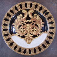 Ebony Black and Gold Acanthus, Luxury Handmade Reproduction Chinese Porcelain, 10 Inch Decorative Display Plate Style 83