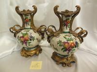 Lyvrich Elegant Handcrafted d'oro Ormolu, Superb Porcelain Centerpiece - Mantel Vase, Seasonal Summer Fruit 15.5t X 11w X 8d
