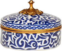 Luxe Life Classic Blue and White Pattern, Finely Finished Porcelain and Gilt Bronze Ormolu, 8 Inch Round Powder Box