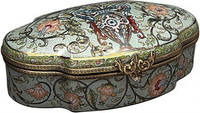 Luxe Life Infinite Flowers Pattern - Luxury Hand Painted Porcelain and Gilt Bronze Ormolu - 9.5 Inch Decorative Box